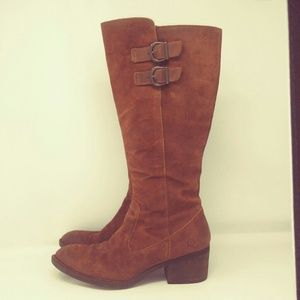 Born Poly Rust Distressed Boot